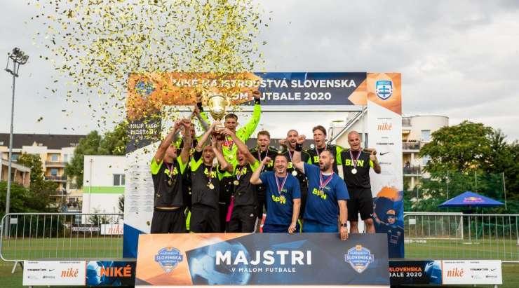 Víťazom Niké Majstrovstiev Slovenska v malom futbale FC BPN Bratislava